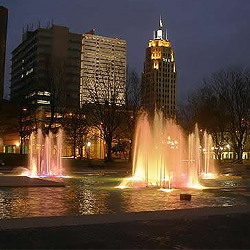 Fort Wayne fountains at night